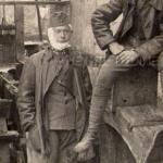 vojáci u náhonu mlýna